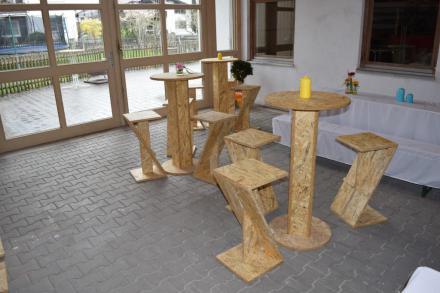 Schreinerei lutz m bel objekte fenster t ren innenausbau for Lutz barhocker